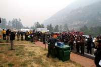 Resources protecting Oak Creek Canyon and the homes within it receive an early morning briefing